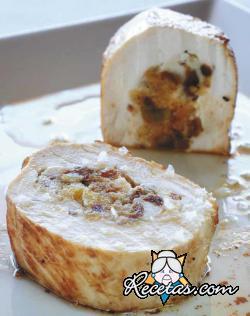Pechuga de pollo rellena de panettone al Marsala