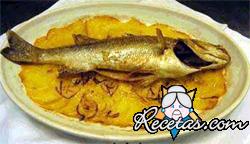 Pescado con patatas al horno