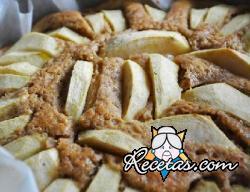 Pie de manzana con ron y pasas