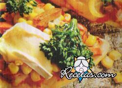 Pizza de vegetales y camembert