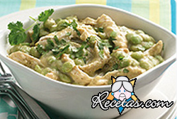 Pollo cremoso con brócoli