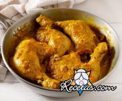 Pollo a la cúrcuma