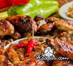 Pollo con tomates secos y alcaparras