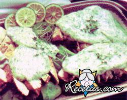 Pollo con palta y mayonesa de paltas