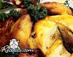 Pollo relleno con compota de cebollas
