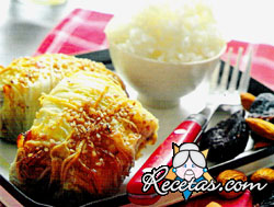 Rollitos de carne picada con pasta de arroz