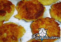 Samakai wa kusonga (Croquetas de pescado)