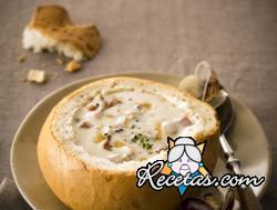 Sopa de almejas (Clam Chowder)