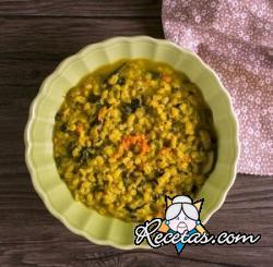 Sopa de cebada vegetales y cúrcuma
