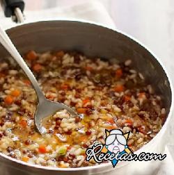 Sopa de lentejas y arroz