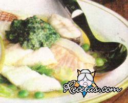 Sopa de pescado al estragón