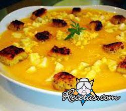 Sopa de tapioca y zanahorias