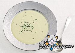 Sopa de papa y puerros