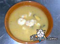 Sopa de pescado con mayonesa