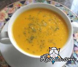 Sopa de Pollo al Tomate