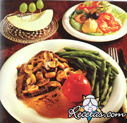 Steak con champignons