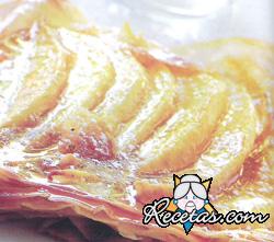 Tarta de mango con crema de ron
