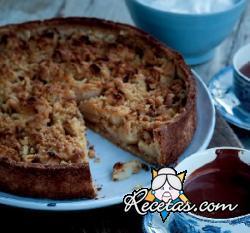 Tarta de manzana con crumble de avellanas