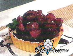 Tarta de uvas con granita de vino especiado