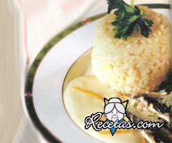 Timbal de arroz con sardinas