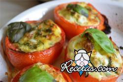 Tomates rellenos con espinacas y arroz