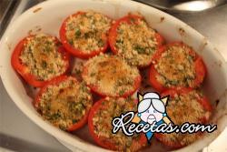 Tomates rellenos envueltos