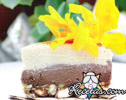 Torta turrón de chocolate y almendras