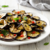 Berenjenas marinadas con alcaparras y chiles