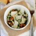 Ensalada de pollo con hierbas
