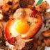 Patatas rellenas con huevos, champiñones y trufas