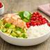 Pokè bowl con salmón