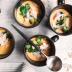 Sopa de coco con lentejas coral